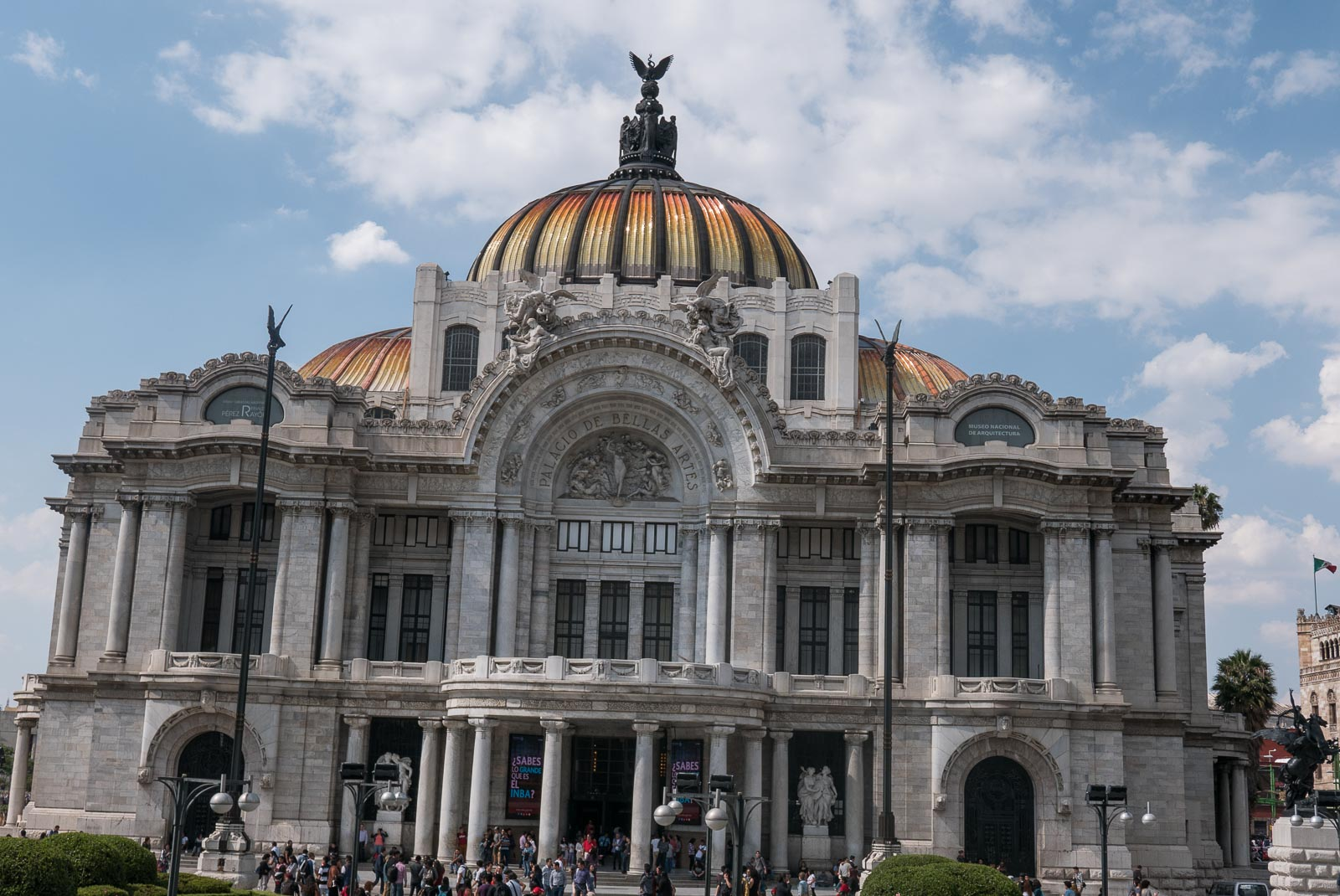 The facade of the Palacio de Bellas Artes building in Mexico City.